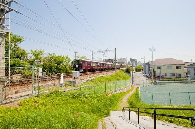 尼崎に走る電車