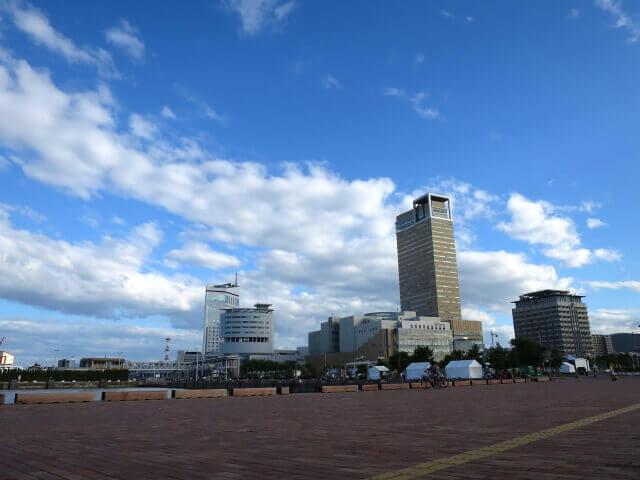 香川県高松市の町並み